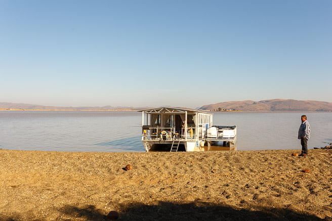Fish Eagles Nest house boat on Gariepdam
